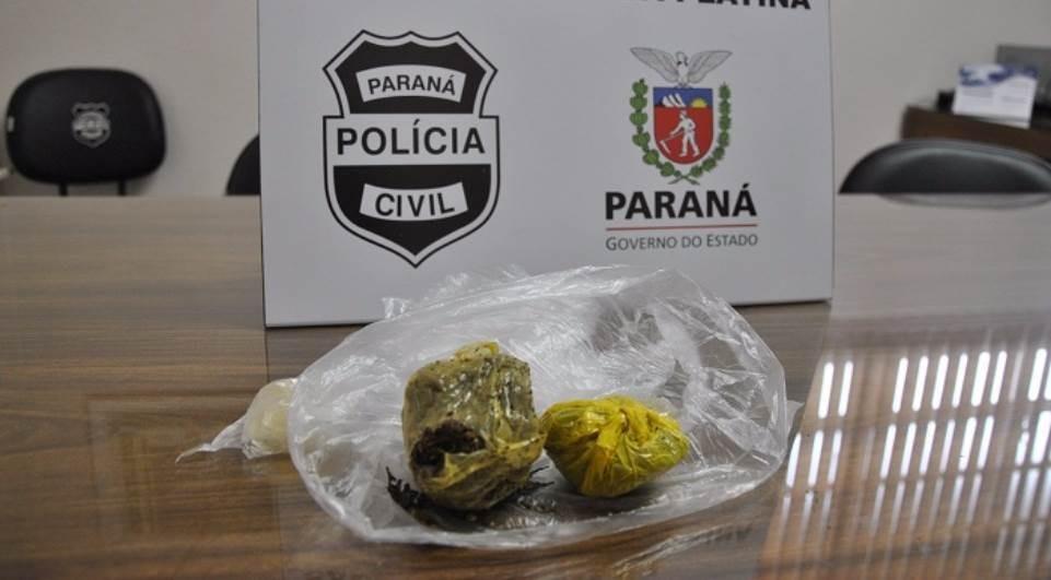 PM de Arapongas prende moça com droga nas partes íntimas