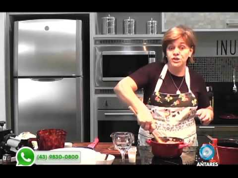 Aprenda fazer um delicioso pastel com Ana Maria