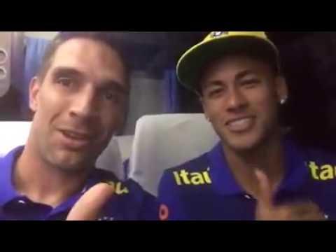 Assista o vídeo em que Neymar pede ajuda para o bebê Henzo de Arapongas