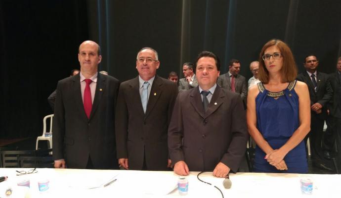 Mauro Bertoli eleito presidente Camara De apucarana