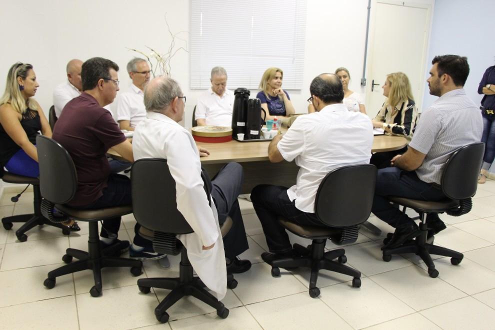 Reunião define estratégias para a saúde em Arapongas