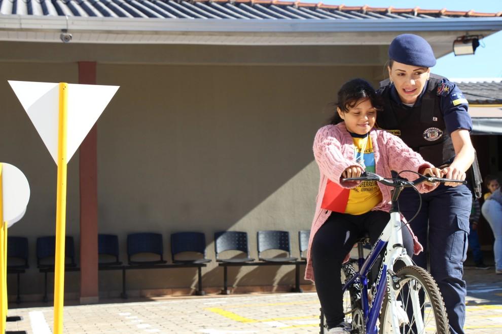 Guarda Municipal realiza projeto de trânsito com alunos das Escolas Municipais