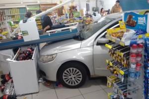 tn_716220185d_carro-invade-mercado