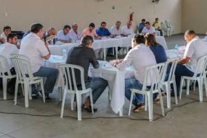 Prefeitos adotam tom conciliador em reunião sobre os rumos da Amuvi d1e8727c324