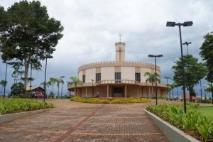 tn_753771165e_caminhos-igreja-matriz-umjpg