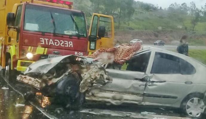 tn_ee000c49a2_acidente-maua-da-serra